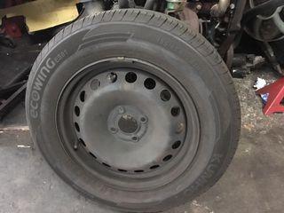 Cuatro ruedas Kumho Ecowing ES01195/65R15