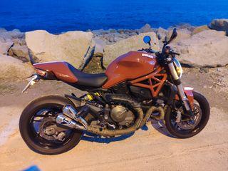Ducati Monster 821 12000 km