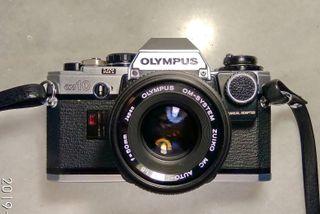 Camara reflex Olympus OM10+2 objetivos