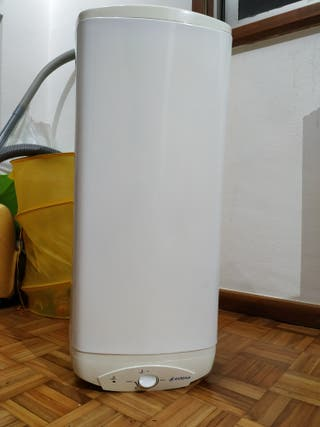 Termo eléctrico Edesa TS 300 N1