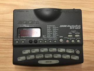 Caja de Ritmo ZOOM rhythmtrak rt-123