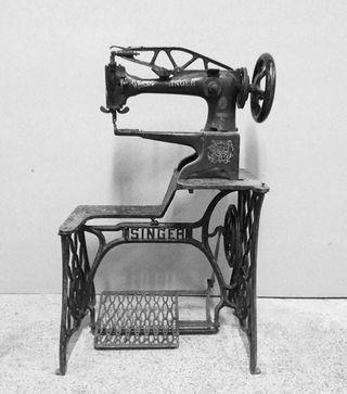 Maquina de coser cuero