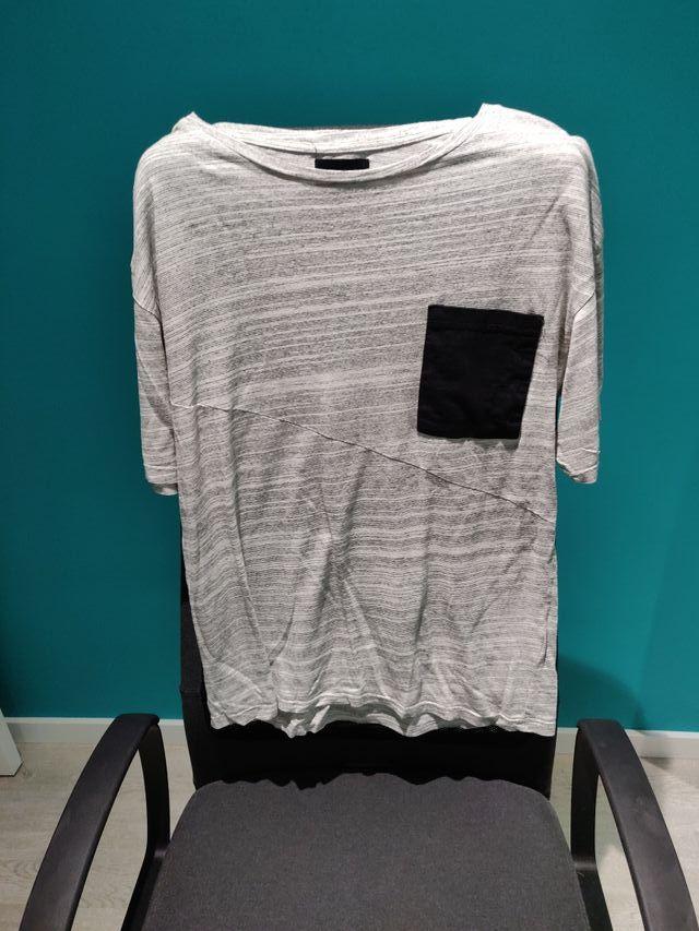 Camisa a cuadros y dos camisetas - SOLIDARIA