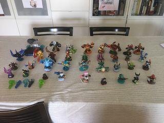 Skylandrs set de 34 piezas para WII