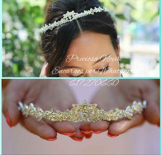 Diadema novia chica tiara en plata tocado peina