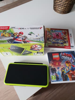 NINTENDO 2 DS.XL