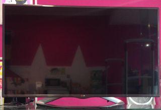 "TELEVISOR LED 47"" LG SMARTTV/WIFI"