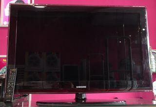 "TELEVISOR LCD SAMSUNG 40"""
