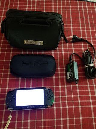 PSP + Cargador + Funda + Bolso PSP