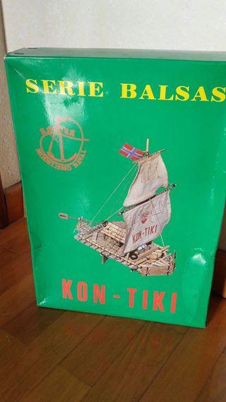 """Maqueta """"serie balsas"""" Kon-Tiki."""
