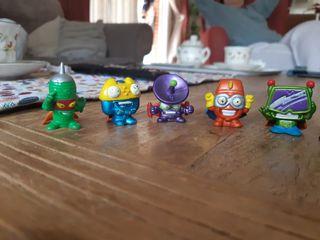 Muñecos Super Zings