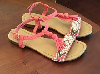 Sandalias de niña con abalorios número 34