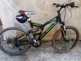 bicicleta de montaña y descenso