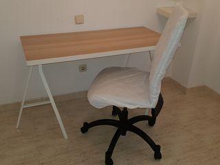 Tablero y caballete de Ikea, más silla