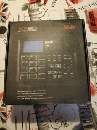 Caja ritmos Akai XR20 Beat production Center