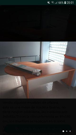 Sillas de oficina blancas de segunda mano en Madrid en WALLAPOP
