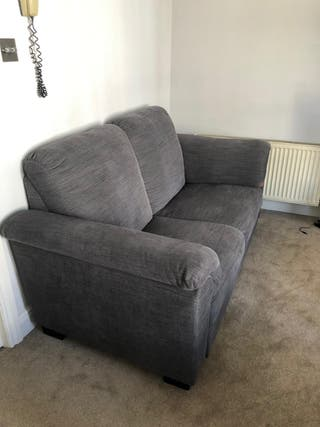 GREAT OPPORTUNITY! 2seater sofa in great condit