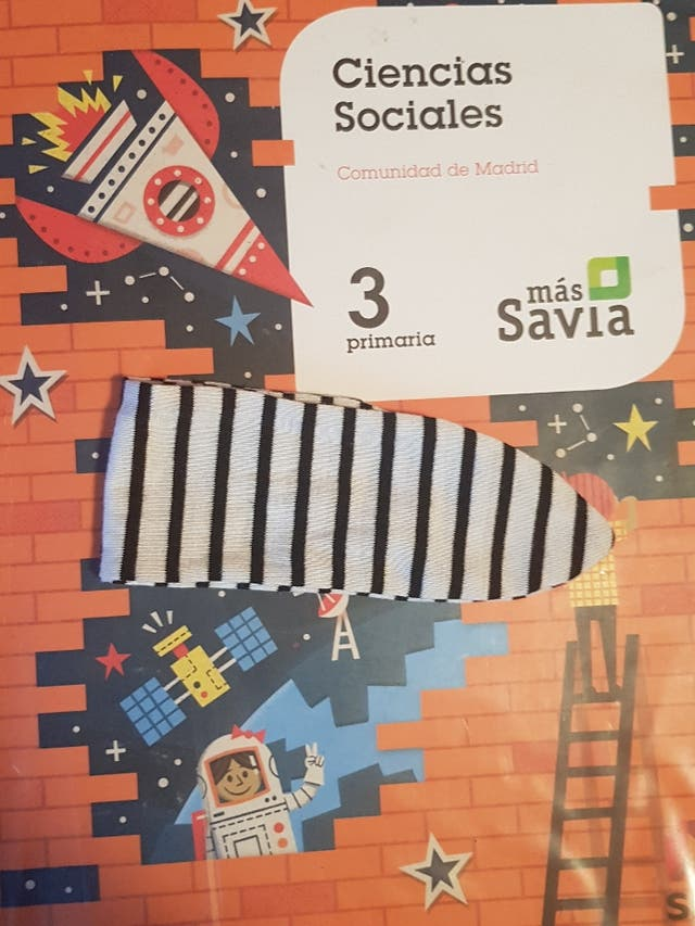 Libro Ciencias Sociales 3 Primaria Sm De Segunda Mano Por 10 En Alcorcón En Wallapop