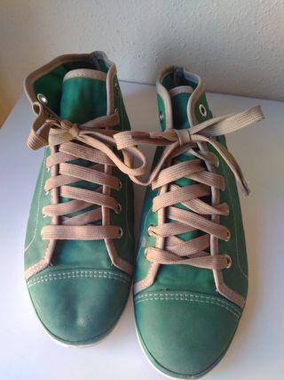 Zapatillas Zara de segunda mano en Leganés en WALLAPOP