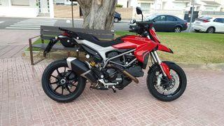 Ducati Hyperstrada 821