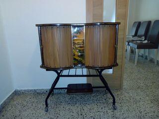 Mueble bar - soporte televisión
