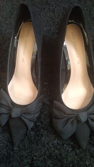 Zapatos Zara salón rosa palo de segunda mano por 14 € en