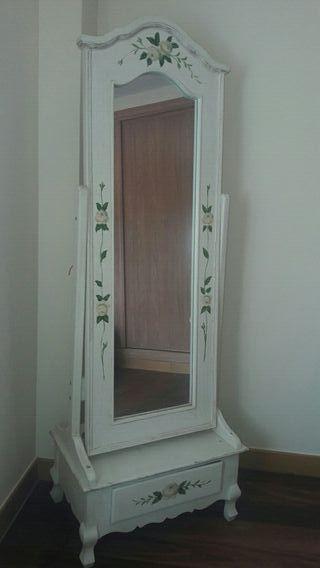 Espejo para dormitorio