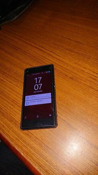 teléfono Sony xperia z1 compact