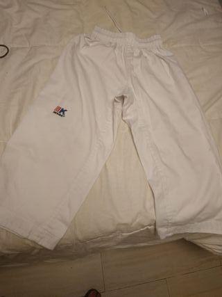 pantalón de kárate
