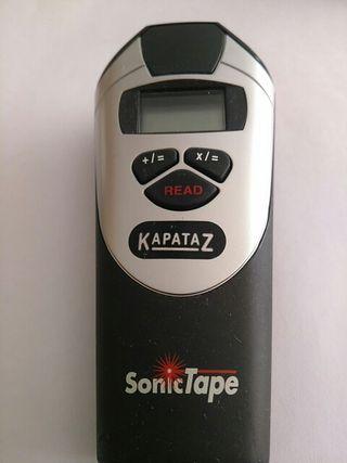Medidor ultrasonico con puntero laser.