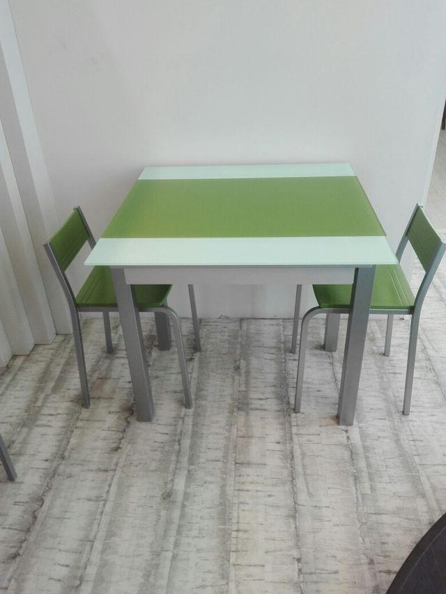 Mesa cocina de diseño, en cristal y metal . de segunda mano ...
