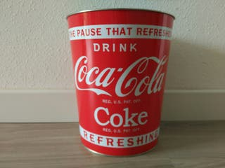 Papelera Coca Cola