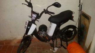 cuca bicicleta electrica