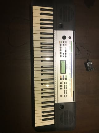 Sintetizador/piano yamaha ypt-255