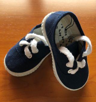 Zapatillas loneta bebé talla 19