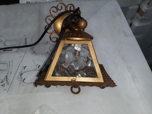 farol de forja antiguo dorado