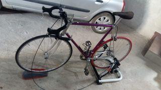 bicicleta más rodillos