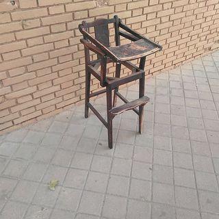 silla trona niño antigua vintage de madera