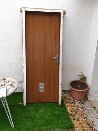 puerta madera exterior