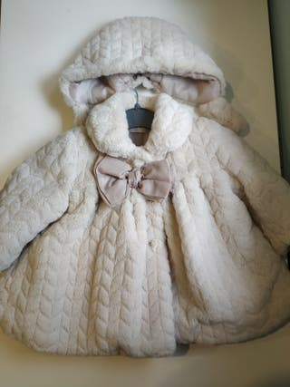 abrigo con capota pelo Dolce petit talla 3 meses
