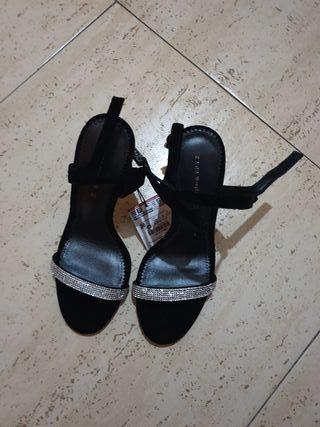 Zapatos de tacón Zara