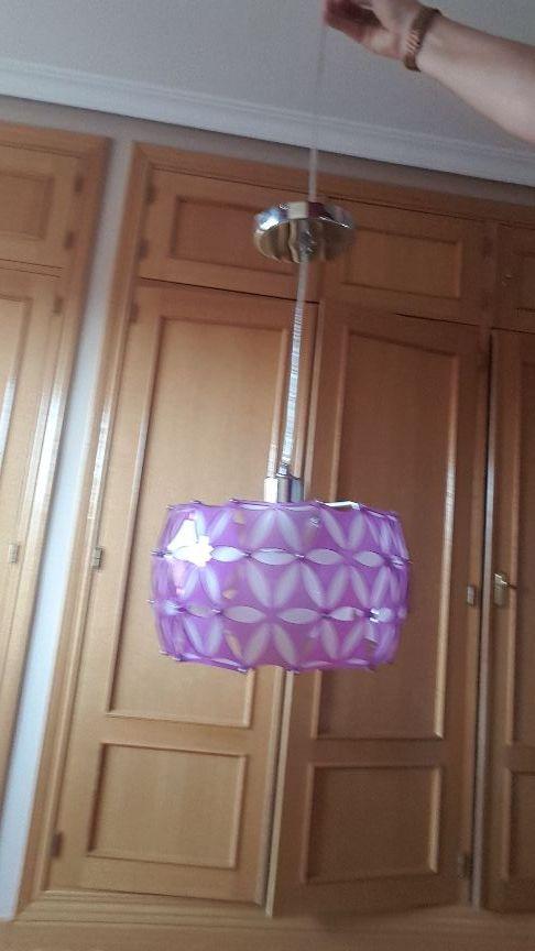 lámpara de techo morada