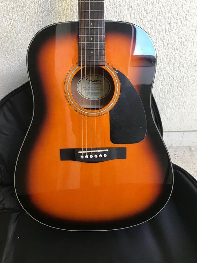 Gitarra Fender+ Funda