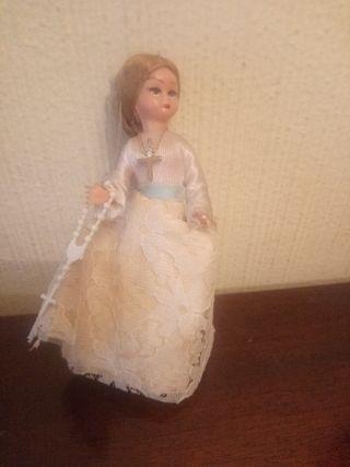 muñeca de comunión