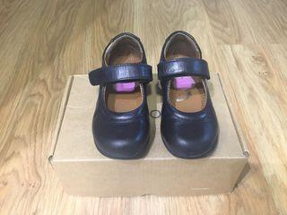 Zapato niña colegio