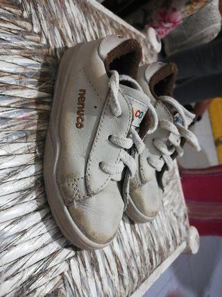 zapatillas de nenuco talla 23