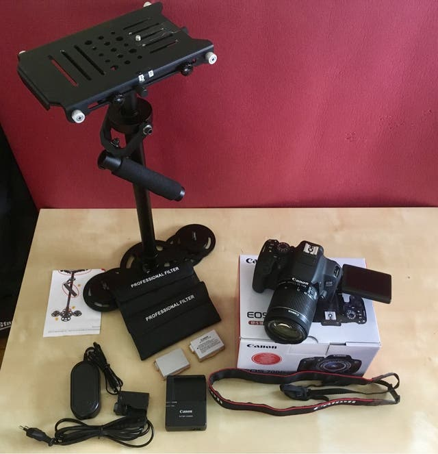 Canon EOS 700D + objetivo + estabilizador