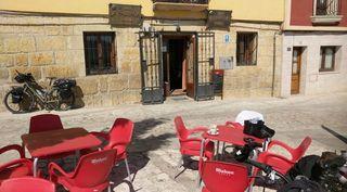 Bar restaurante en Castrojeriz con opción a vivienda.