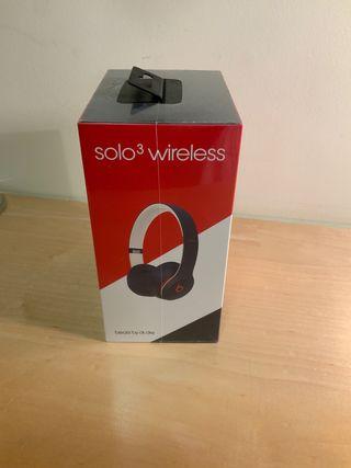 Brand New Beats Solo 3 Wireless Headphones