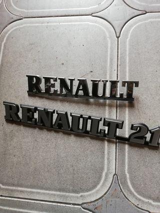 2 insignias de Renault